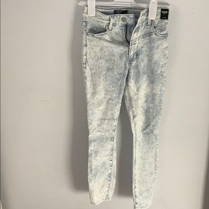 Faded A&F jeans size 24/00